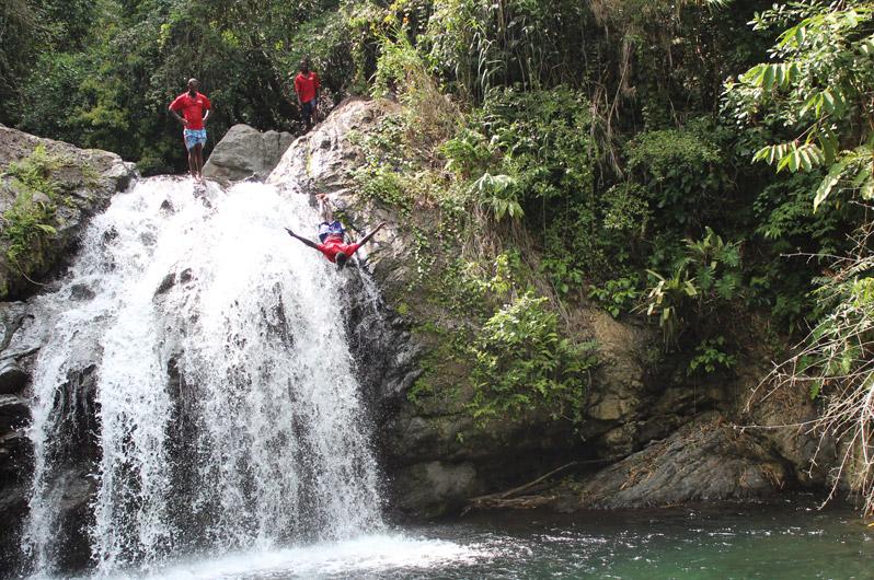 798x530-jamaica_waterfall2