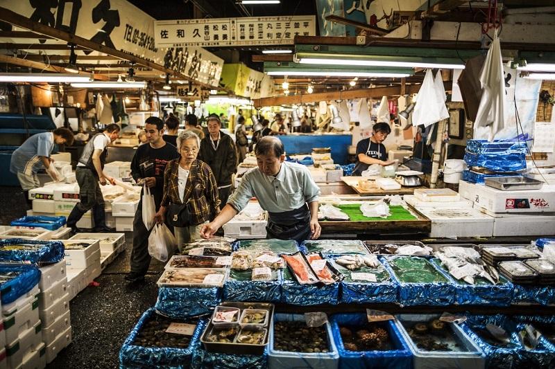 Tsukiji Fish market in Tokyo Japan